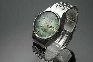 Vintage-1975-JAPAN-SEIKO-LORD-MATIC-WEEKDATER-5606-8110-23Jewels-Automatic