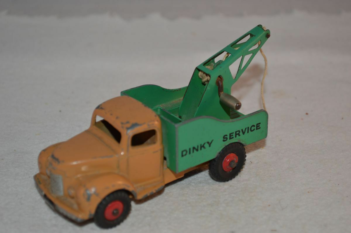 Dinky Toys 430 Commer in good played with original condition