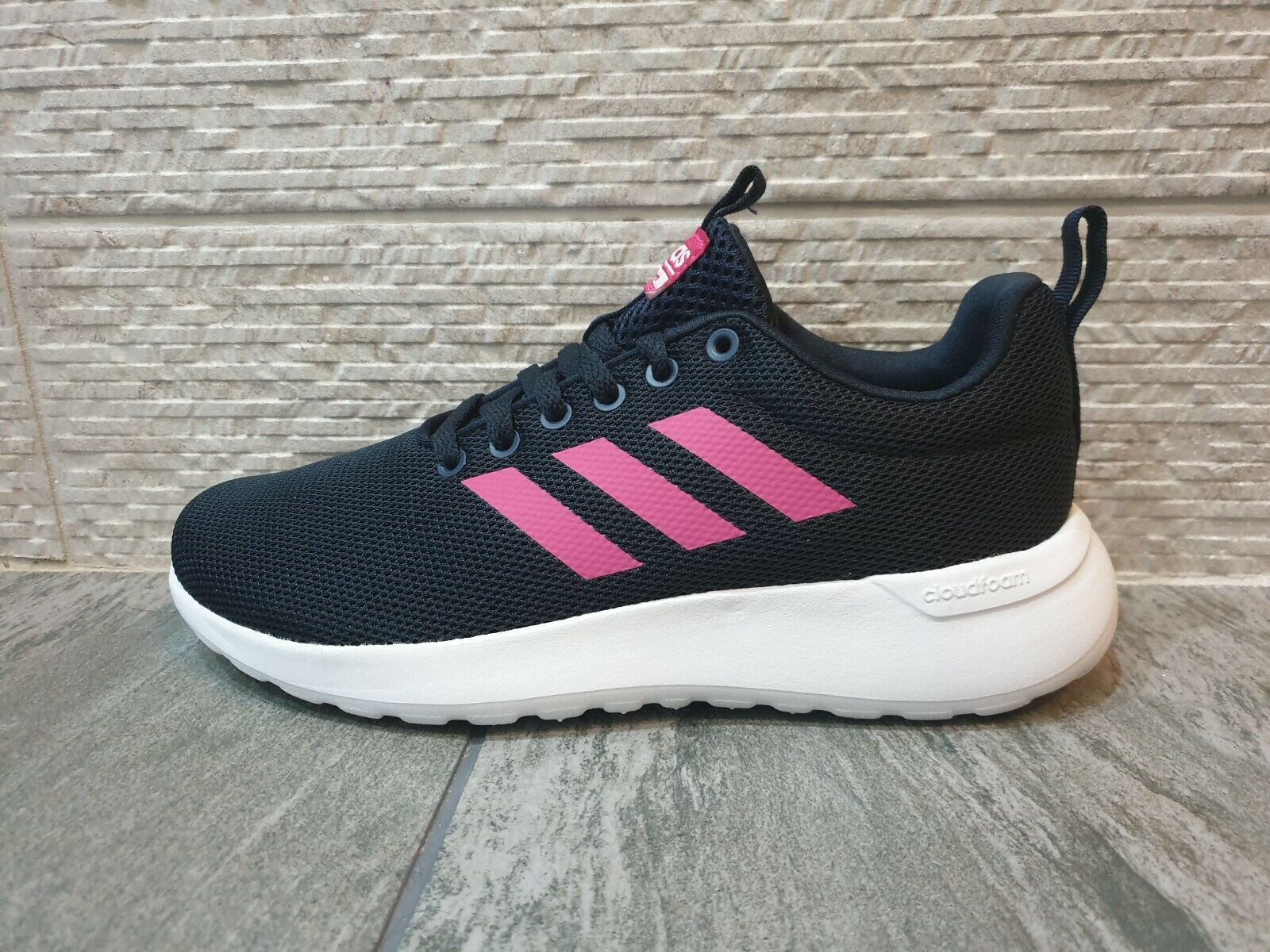 Adidas Lite Racer Clean Womens Trainers Size 5 RRP