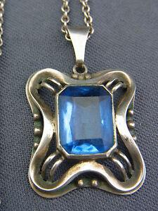 schoener-alter-Anhaenger-835-Silber-mit-Kette-Blautopas-ca-um-1920