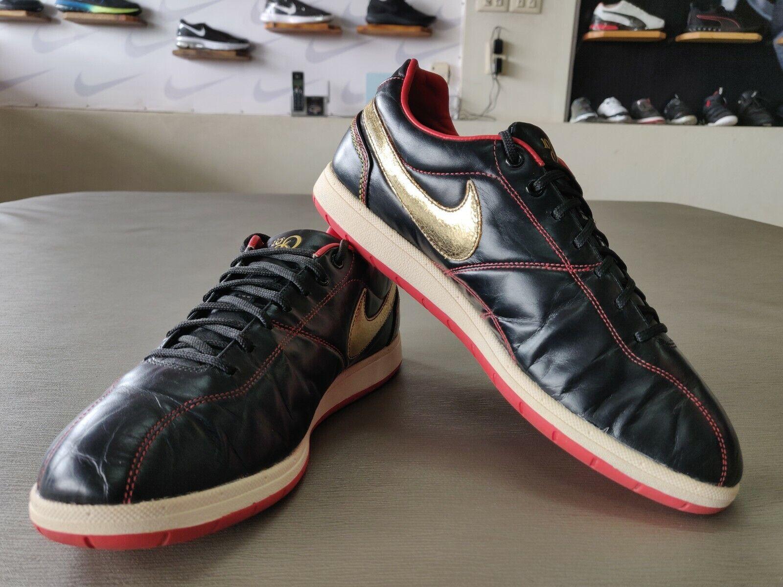 Zapatos De Cuero para hombres Nike Ronaldinho Interior Tribunal Negro SOOCER Talla 10 EE. UU.