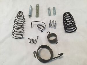 John Deere 4 Peice Gasket set  for 1.5 HP E Hit Miss Gas Engine Changing Magneto