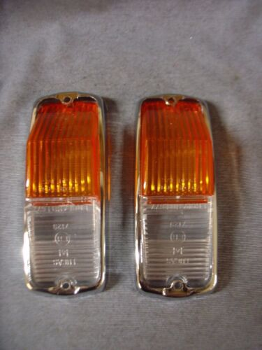 NEW TRIUMPH SPITFIRE MGB  FRONT SIDE FLASHER LENSES AND RIMS MODEL L677 PAIR
