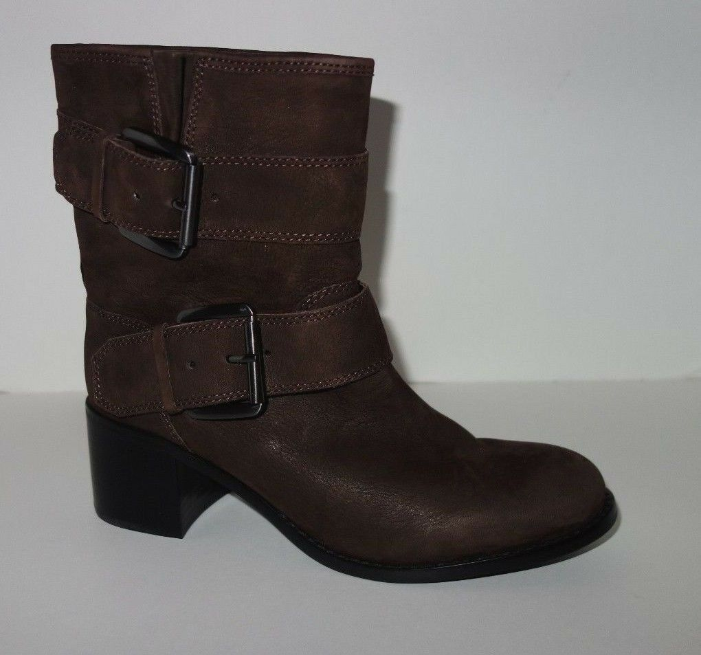 New BOUTIQUE 9 BLAINE Stiefel US 7 1 2 M Suede Buckle Harness Ankle Stiefelie 7.5 M