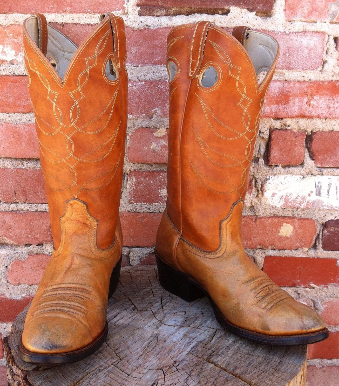 ACME Made in U.S.A.  Buttercup Africa Cowhide Cowboy Boots. Vintage  Men's 9.5D