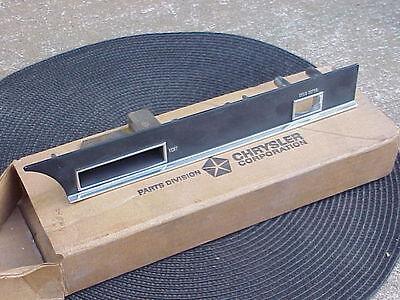 1967 1968 300 Chrysler NOS MoPar Dash BEZEL Vent Defogger New Yorker