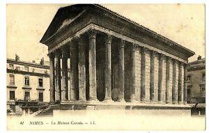 CPA 30 Gard Nîmes La Maison Carrée