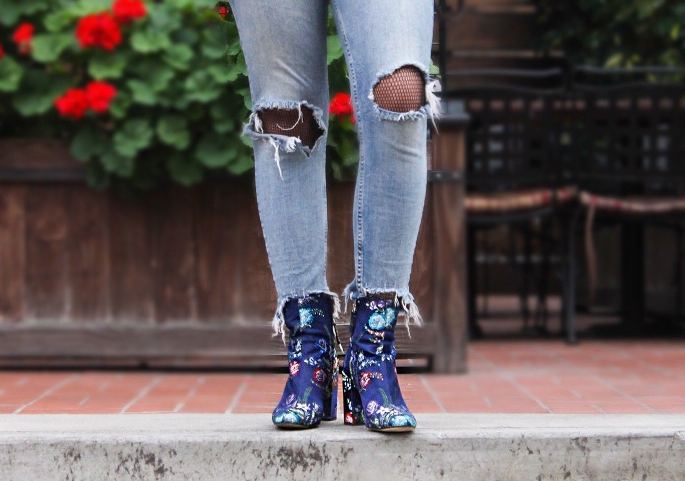 Zara Blue Size Embroidered Detail Ankle Boots Size Blue Uk4/37 BNWT c4878d
