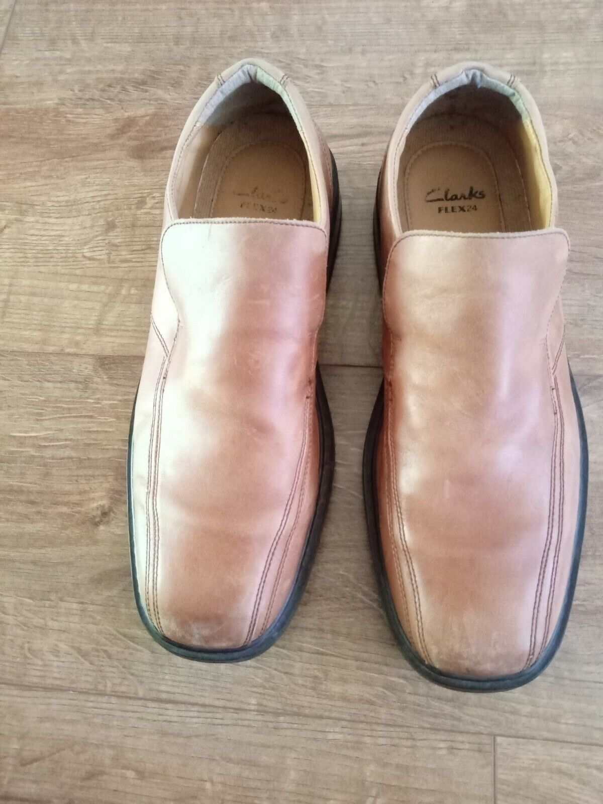 CLARKS BROWN FLEX 24 MENS SHOES SIZE UK 10.5/Euro 44.5, Condition is Used