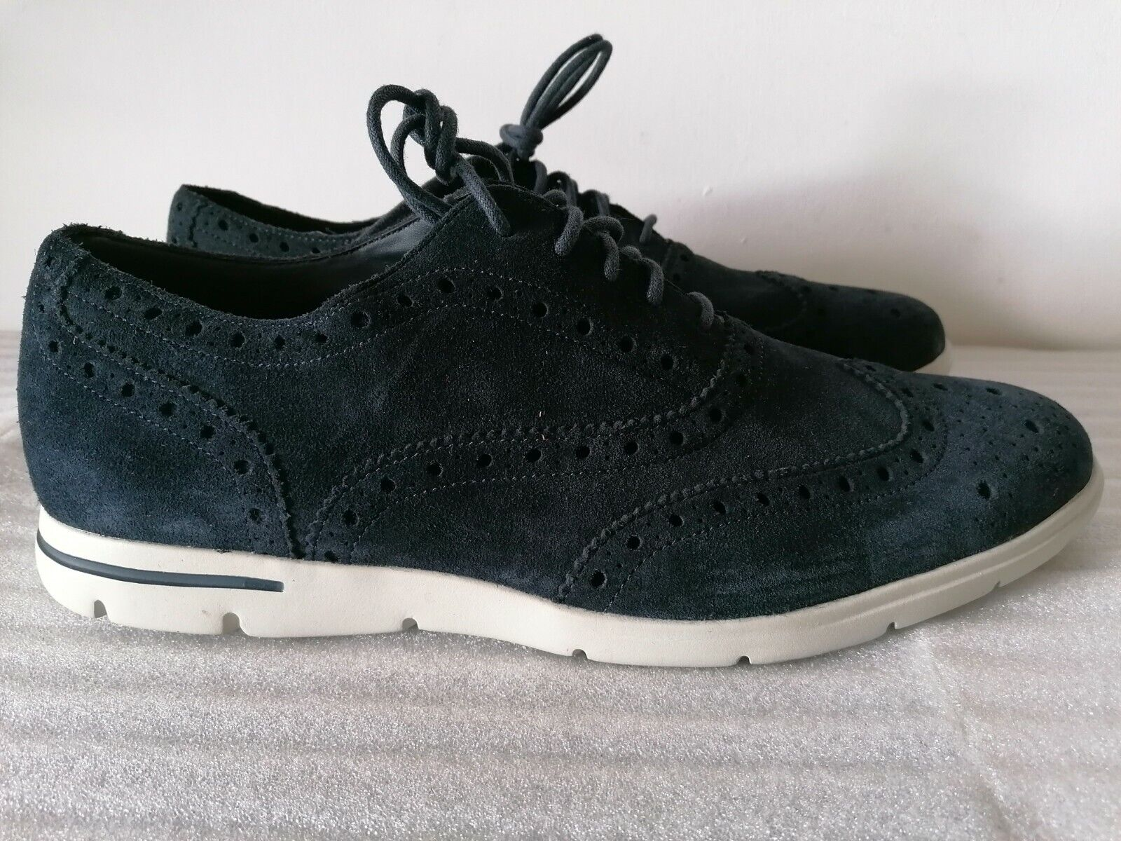 CLARKS DENNER LIMIT MENS NAVY SUEDE LIGHTWEIGHT CASUAL SHOES TRAINERS UK SIZE 10