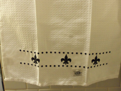 NWOT Mainstreet Collection Black /& White Hand Towels 4 Different Patterns CHOICE