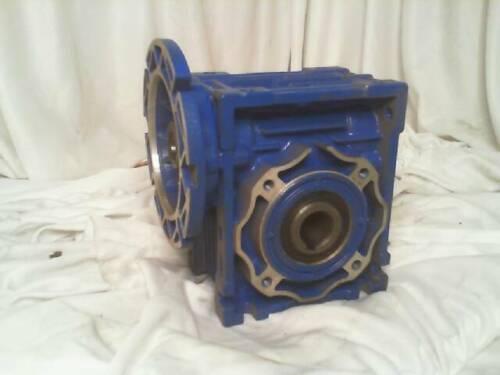 New No Box MOTOVARIO NMRV 040 Gear Reducer 7.50