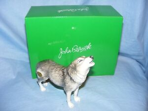 John-Beswick-Wolf-Howling-JBDW2-Figurine-Present-Gift-New-Boxed