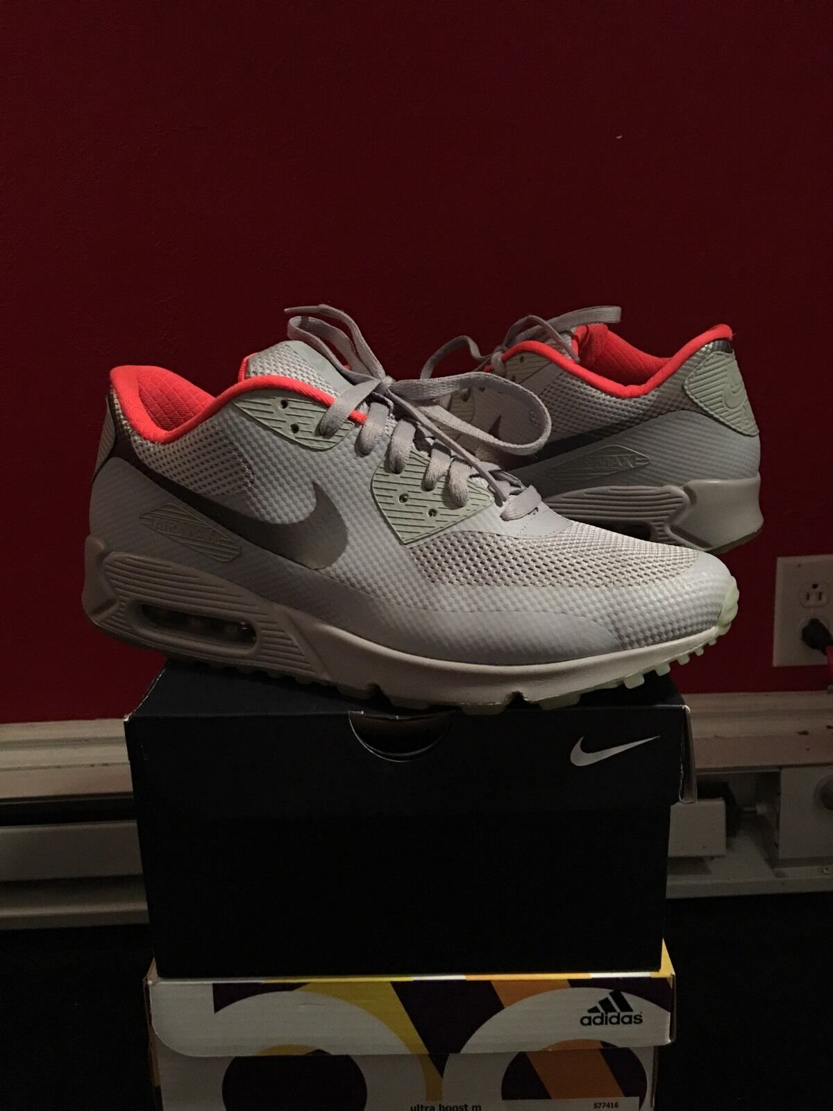 Nike Air Max 90 Nike ID Yeezy Colorway Size 10.5 100% Authentic