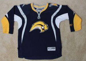 Reebok-Buffalo-Sabers-Hockey-Jersey-Youth-Child-L-XL-Blue-Slug