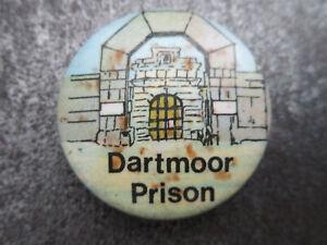 Dartmoor-Prison-Pin-Badge-Button-Souvenir-Tourist-L1B