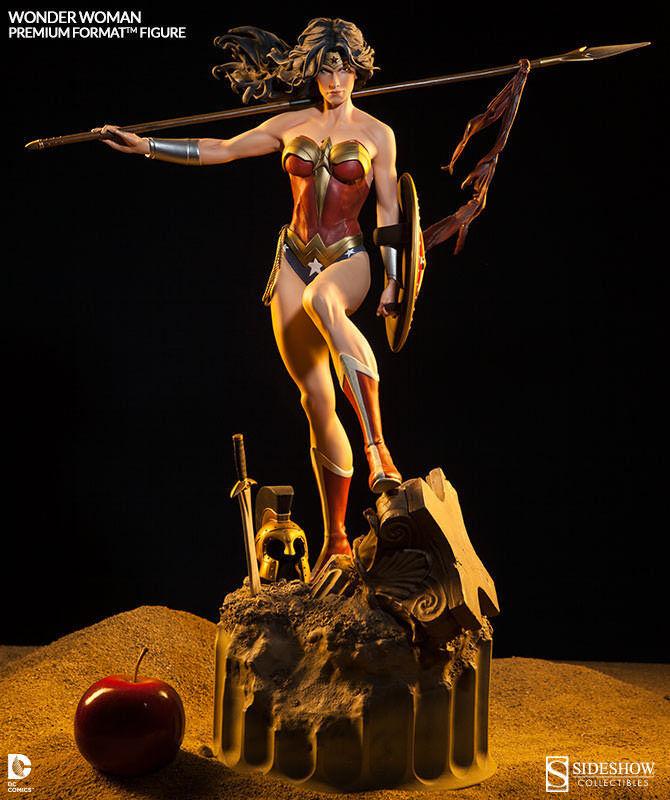 STATUE WONDER WOMAN  PREMIUM FORMAT - DC COMICS - STATUETTE SIDESHOW-EN STOCK