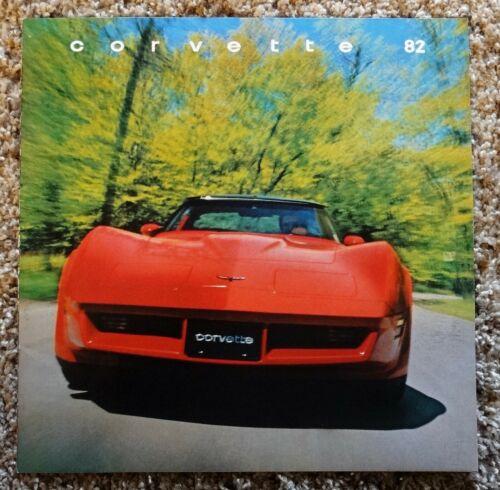 1982 Chevrolet Corvette Sales Brochure