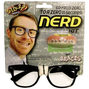 Billy-Bob's NERD KIT - GLASSS & FAKE BRACES TEETH - Geek Dork Halloween Costume