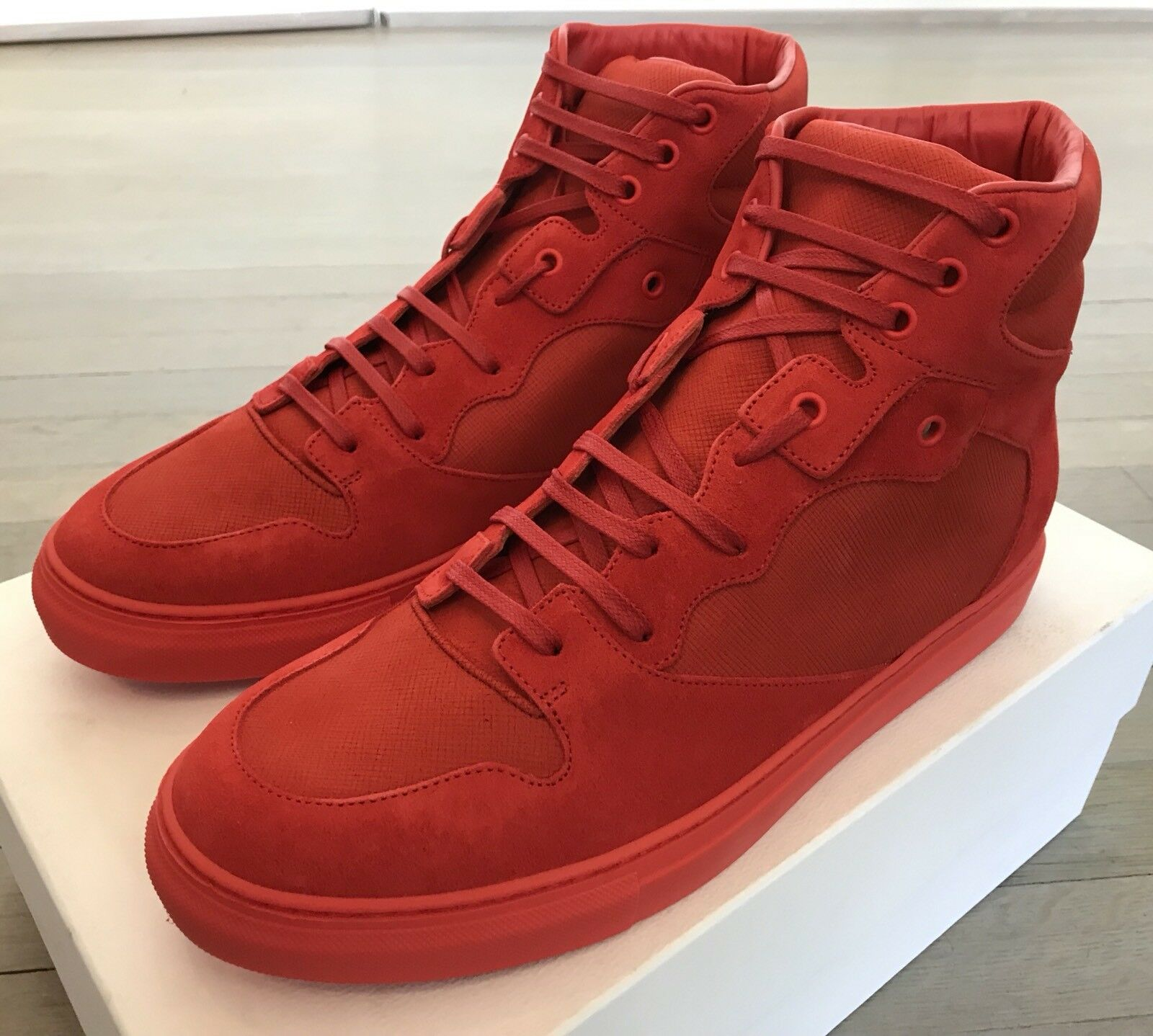 700  Balenciaga Red Nubuck High Tops Sneakers size US 10, EU 43 Made in