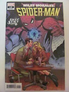 Miles-Morales-Spider-Man-15-Marvel-2018-Series-Gwen-Stacy-Variant