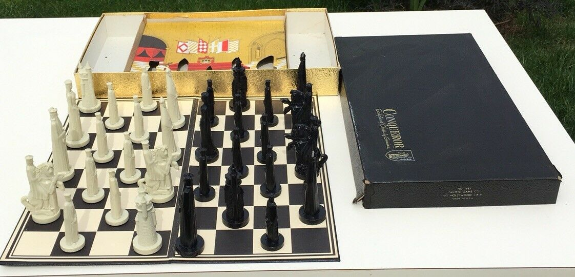 Vintage Conqueror Sculptured Chess Set Game By Ganine Complete Set