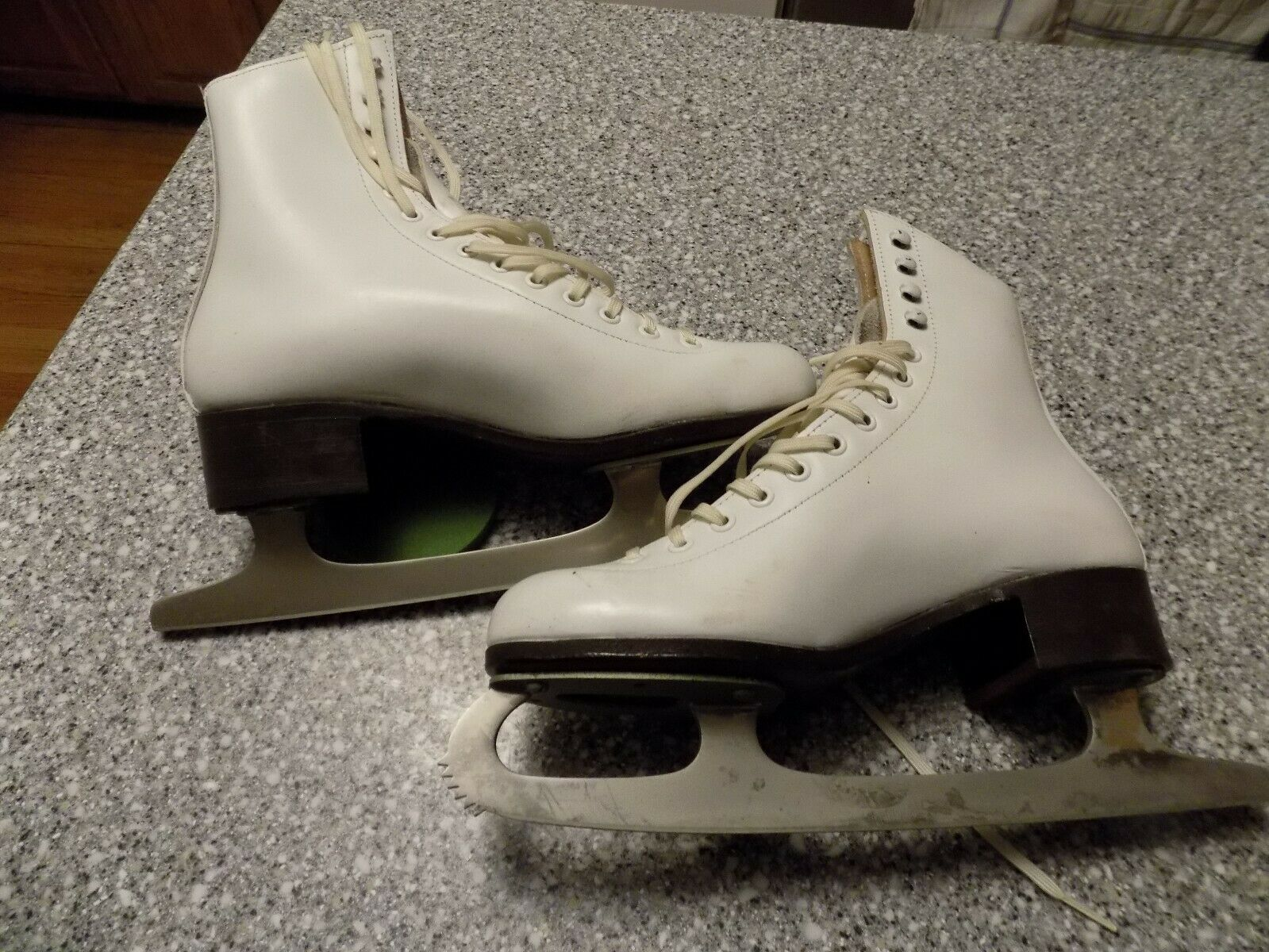 Riedell Red  Wing 220N White Figure Skating Ice S s Women's US 5N  latest styles