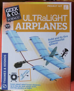 THAMES-amp-KOSMOS-ULTRALIGHT-AIRPLANES