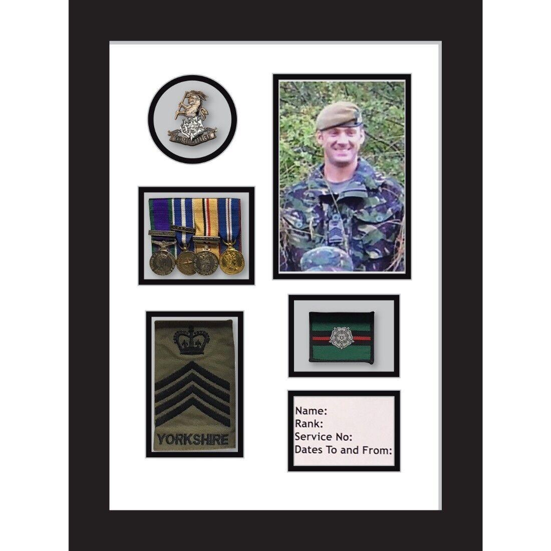Yorkshire Regiment Medal Frame cap badge and war medal display frame Weiß Mount