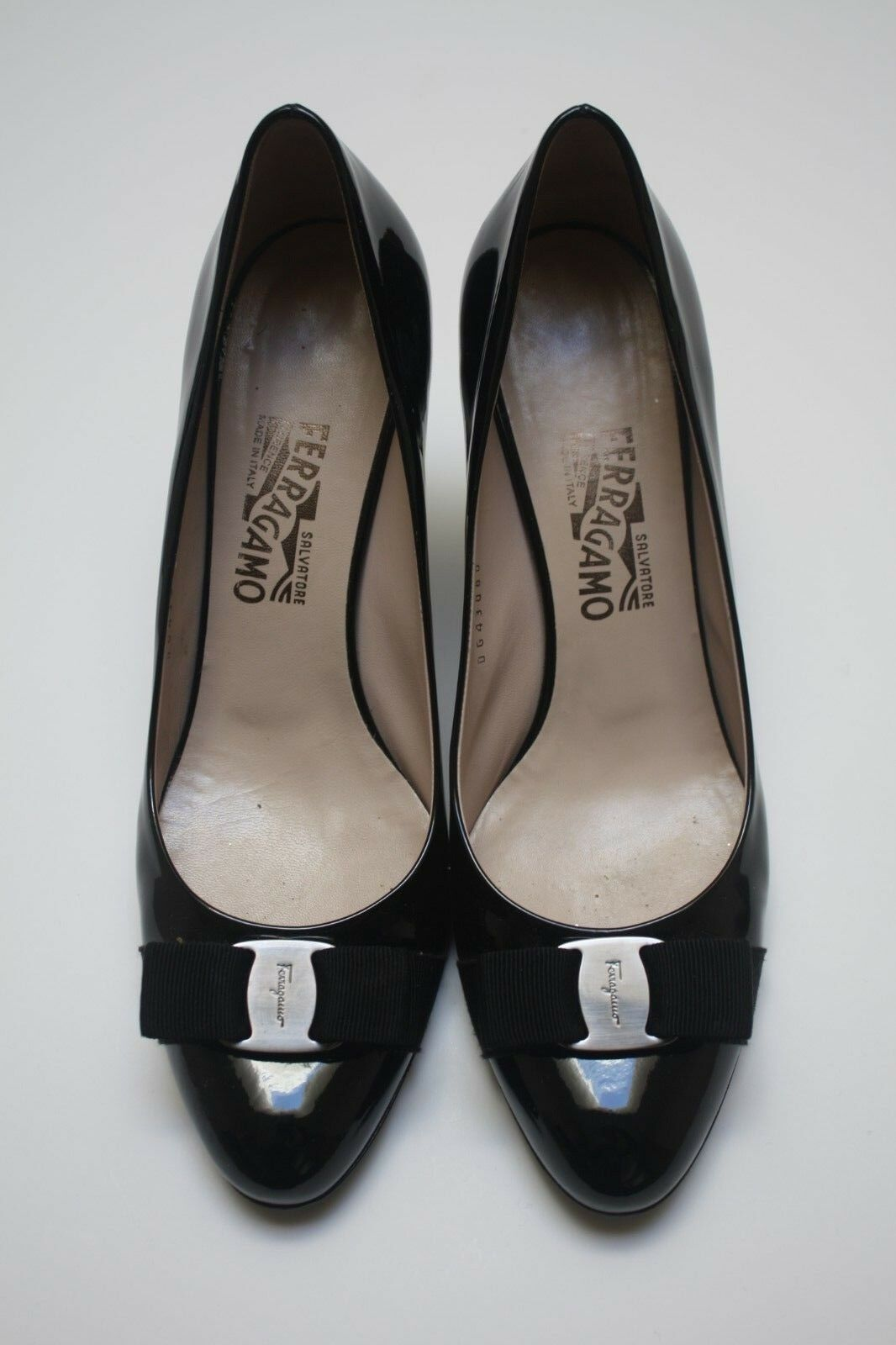 Salvatore Ferragamo Carla Bow Black Patent Leather Pumps black Silver 10.5 B
