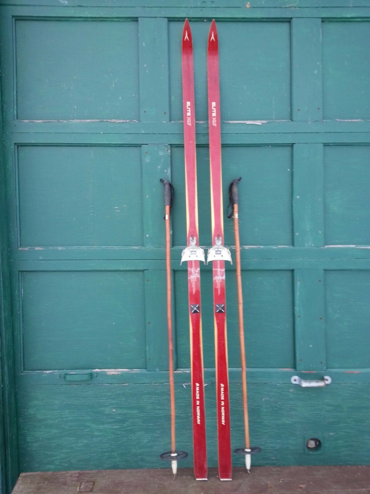 Interesting OLD Wooden 79  Long Skis with Red Original Finish Signed ELITE +Pole