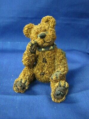 """lot of 2 Gold tone Metal  Replacement .60/"""" Button Boyd Bear"""