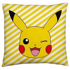 Pokemon-Memphis-Carre-Coussin-Rempli-Pikachu-Reversible-40cm-x-40cm