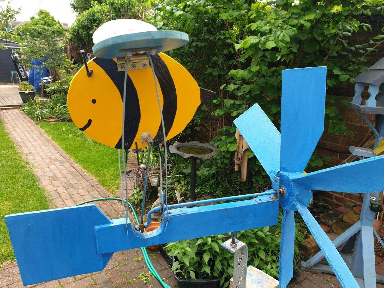 Hand Crafted Wooden Bee Amazing Flapping Wing Action Whirligig Wind Spinner