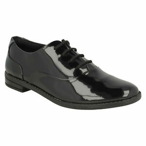 Drew Star /'Girls Clarks/' Lace Up Brogue School Shoes