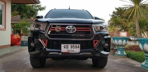 Fit Toyota Hilux Revo Rocco 2018-2019 New Exterior Trim Cover 8 Pcs Red Color