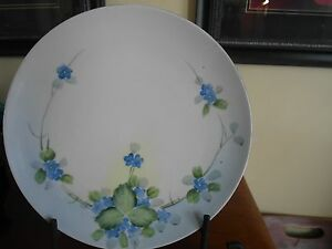 Nippon-Crown-Hand-Painted-Plate-Blue-Forget-Me-Not-Flower-Vintage-8-3-4-034-D
