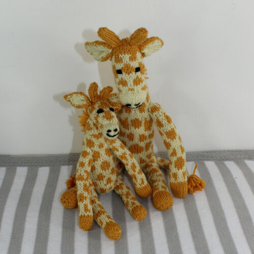 CUTE MOTHER AND BABY GIRAFFE TOYS KNITTING PATTERN PRINTED PAPER INSTRUCTIONS