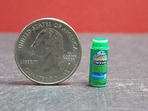Dollhouse Miniature Sink Tub Cleaner Spray Can D 1:12 scale G15 Dollys Gallery