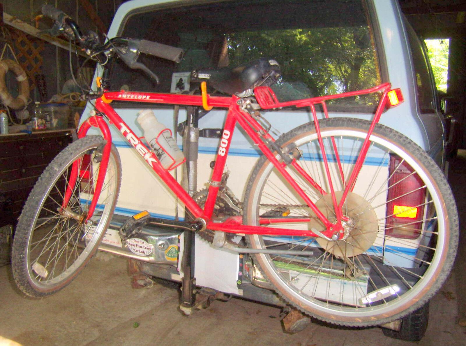 Vintage Red Trek 800 Antelope Mountain Bike Bicycle -Graber auto carrier