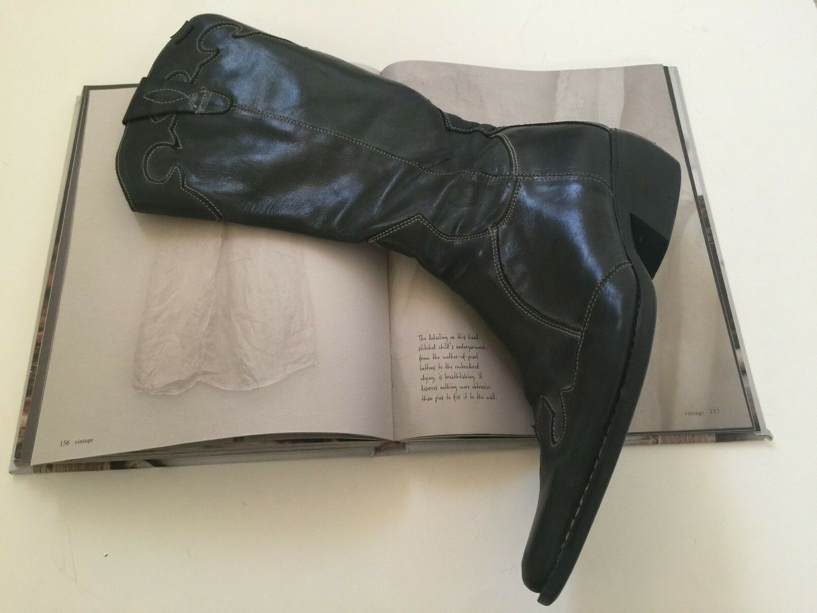 BRAKO TALL BLUE LEATHER BOOTS with POINTED TOE; Made in SPAIN: SIZE 40