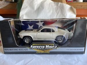 Erth american muscle 1970 Ford mustang boss 429 1/18 die cast