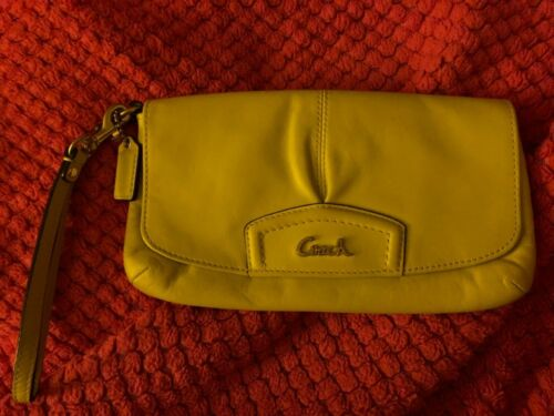 COACH Bag Wallet Handbag Satchel Magnet Clasp Lime