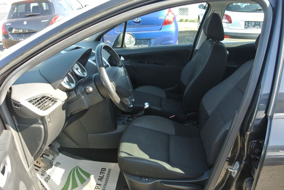 Peugeot 207 1,4 VTi Comfort+ SW Benzin modelår 2009 km