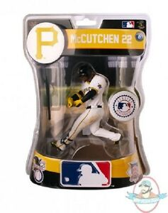 Andrew-McCutchen-Pittsburgh-Pirates-2016-MLB-Figure-Imports-Dragon