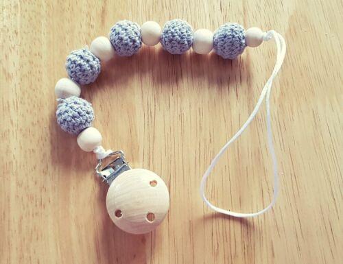 Handmade en Bois et gris crochet perles mannequin//dentition Clip-Fille ou Garçon