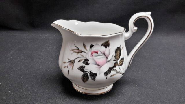 Royal Albert England Bone China - Queens Messenger - Creamer