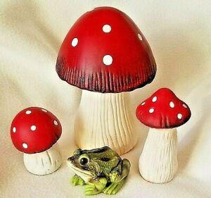 Large Garden Mushroom, Toad Stool, Outdoor Garden Art, NEW