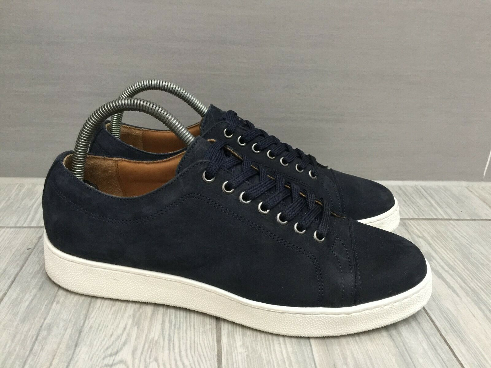 CHARLES TYRWHITT NAVY SUEDE LEATHER EXTRA LIGHTWEIGHT SMART WORK Turnschuhe UK 7.5