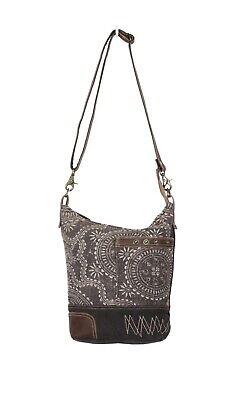 10 Off 42 99 Bnwt S Myra Bags Vintage Carved Shoulder Bag S 1319 Ebay 0 ответов 0 ретвитов 0 отметок «нравится». ebay